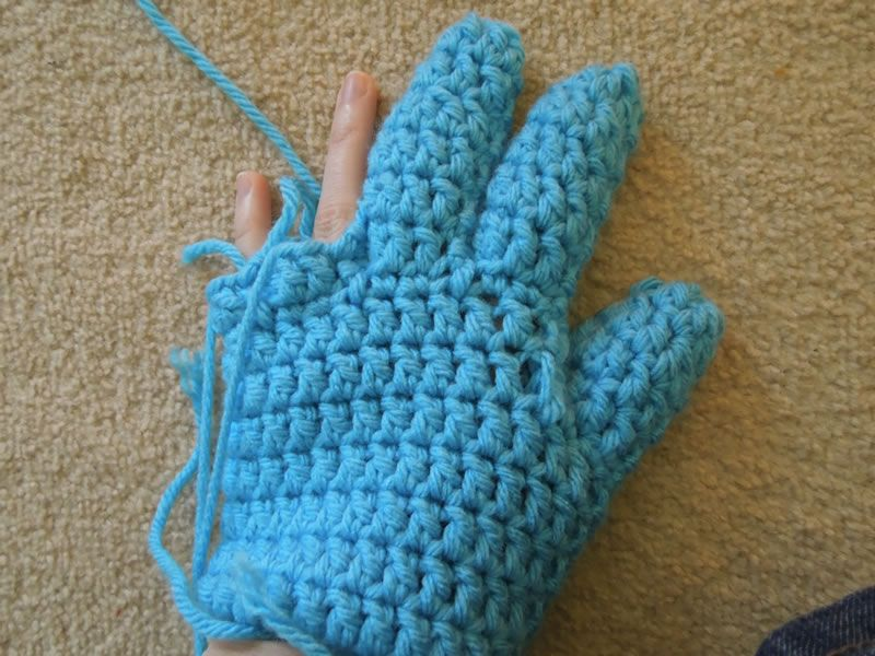 So let\'s get right to it! This glove pattern is a great pattern to ...