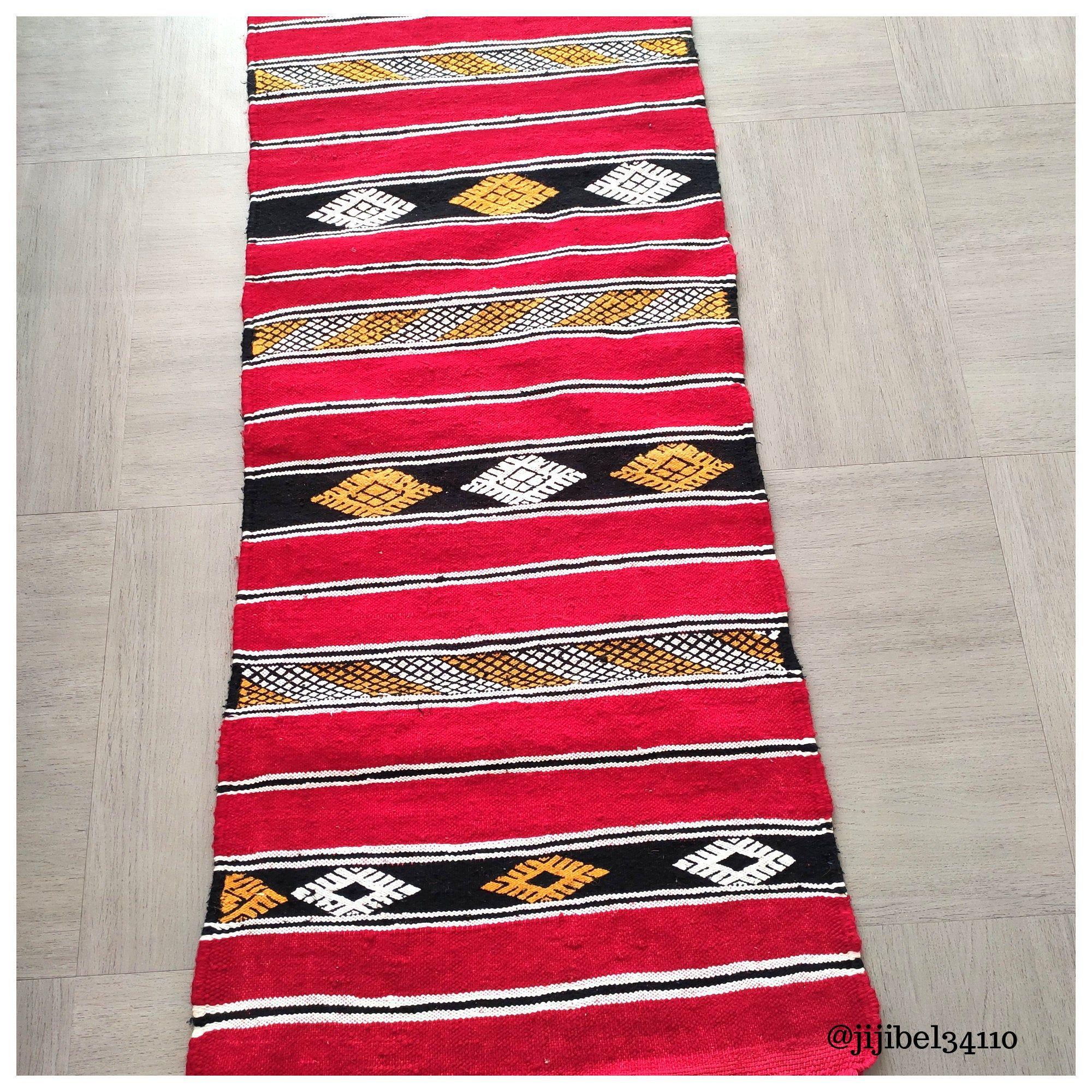 handmade red kilim berber carpet