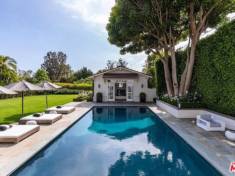 301 N Carmelina Ave Los Angeles Ca 90049 Mls 19465908 Zillow Luxury Real Estate Los Angeles Brentwood