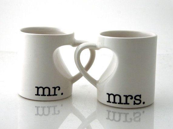 mr mrs mug set for couples bride and groom wedding anniversary gift heart handle mugs. Black Bedroom Furniture Sets. Home Design Ideas