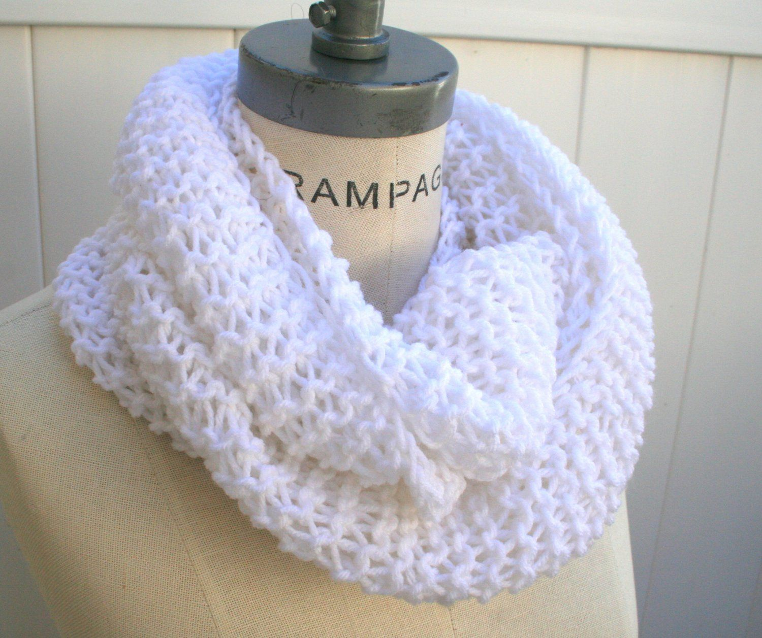 White knit infinity scarf hand knit white cowl scarf chunky knit white knit infinity scarf hand knit white cowl scarf chunky knit cowl by piyoyo bankloansurffo Choice Image