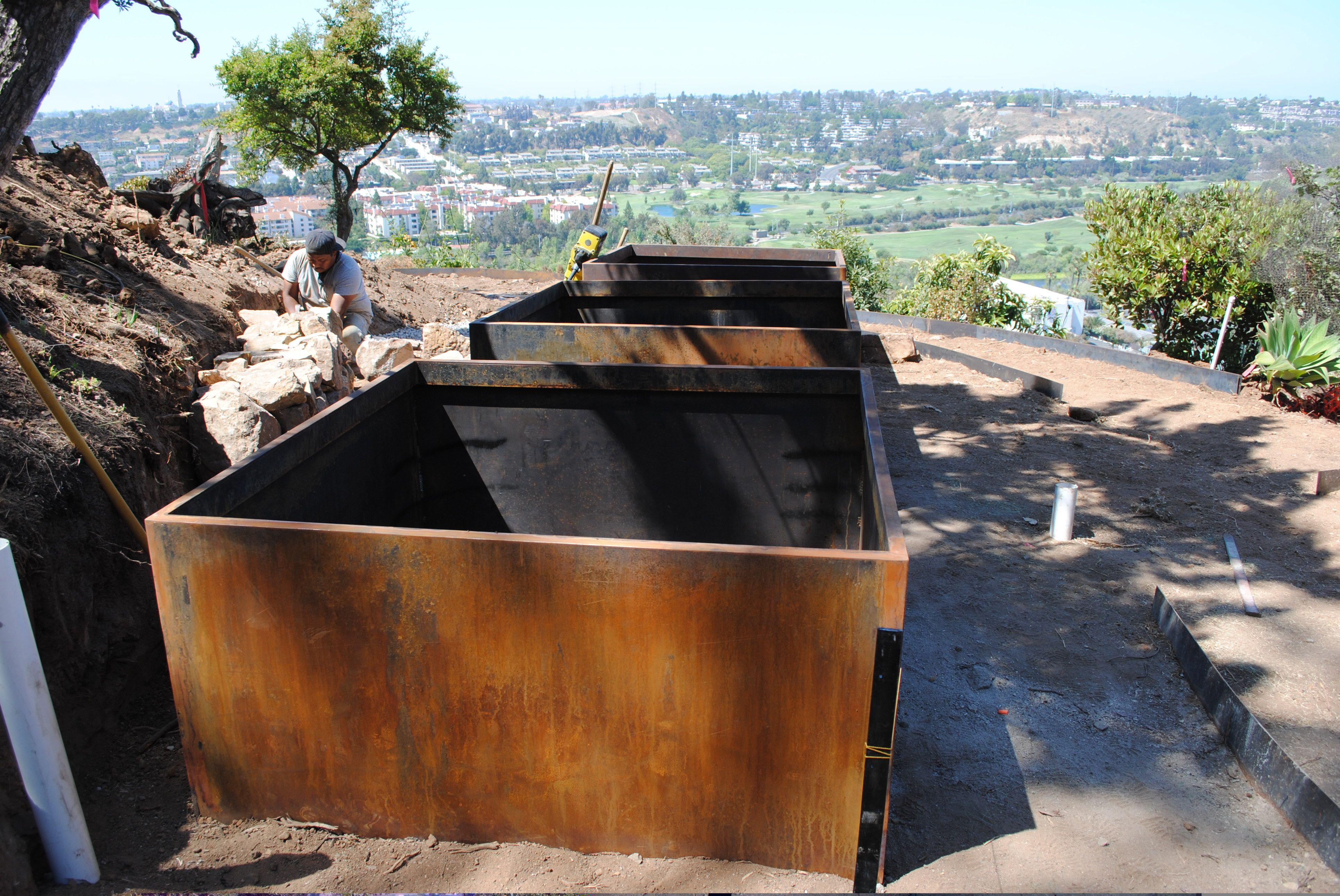 Cor Ten Steel What S The Difference Corten Steel Metal Raised Garden Beds Steel Retaining Wall