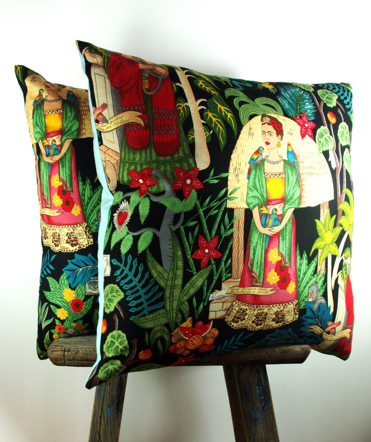 Oreiller Deco Two Large Mexican Cushions Mexican Pillow Frida Cushion