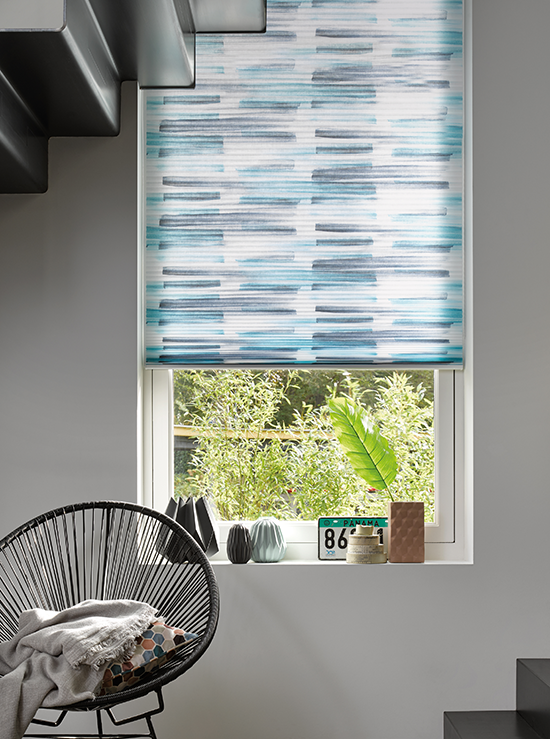 Luxaflex Introduceert Vernieuwde Collectie Duette Shades Raambekleding Zonwering Interieur Woonkamer Jaloezieen Raamdecoratie Raambekleding