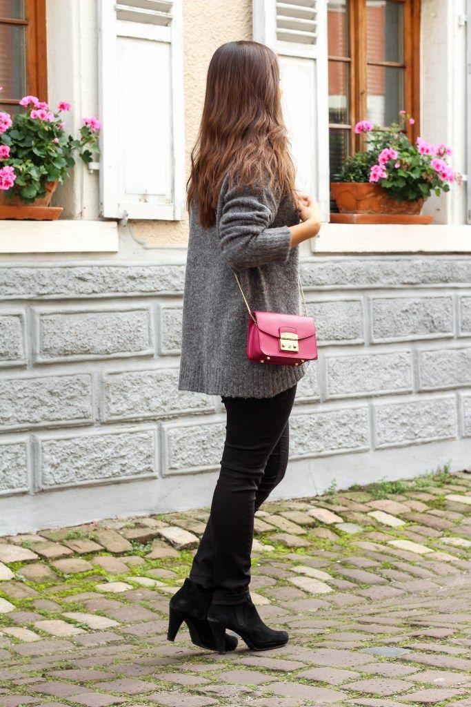 44f3f2ed6794c5 Oversize Pullover Herbstlook Dress   Travel Fashionblog Furla Metropolis  Mini Ladenburg