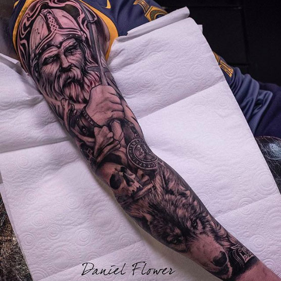 25 Coolest Sleeve Tattoos For Men In 2020 Tattoo Sleeve Men Best Sleeve Tattoos Tattoos For Guys
