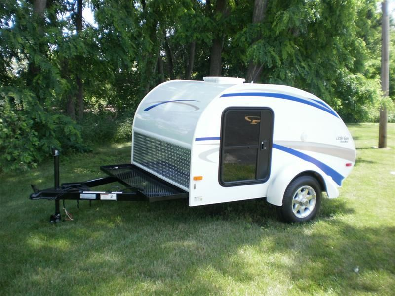 I want one of these tiny travel trailers so bad!