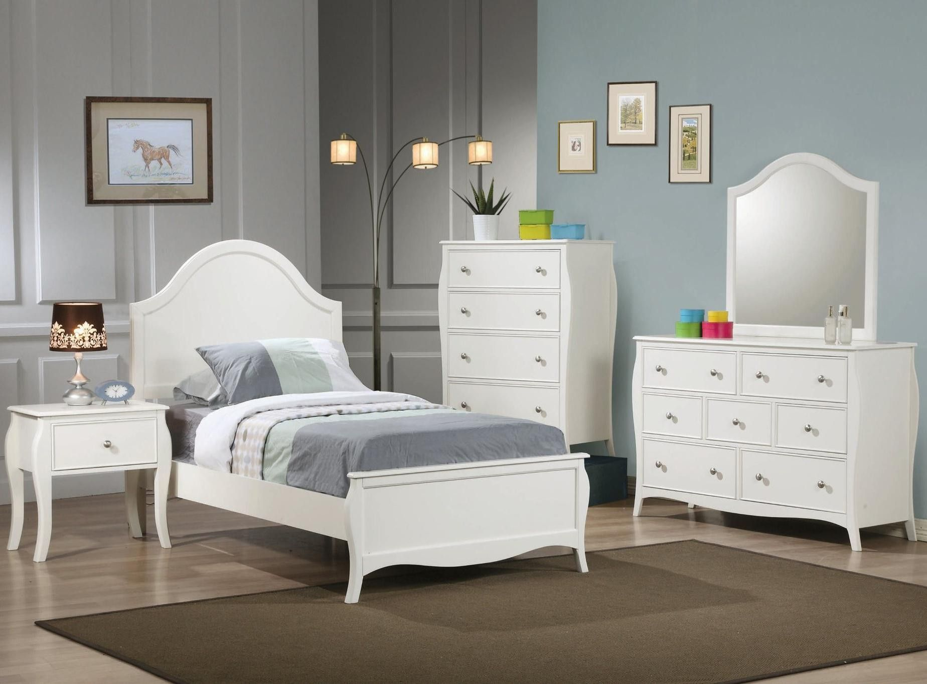 Coaster 400561F S4 Dominique White 4 Pcs Full Bedroom Set Baby