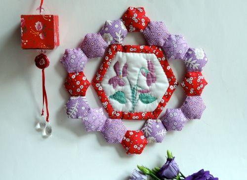 Un cadre en patchwork - Coccinelle Demoiselle #calendrierdel#39;aventcouture