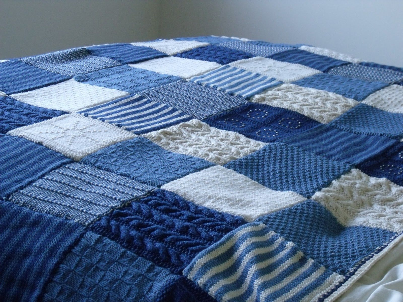 Crochet Bedspread Blues Amp Whites Knitting Knitted