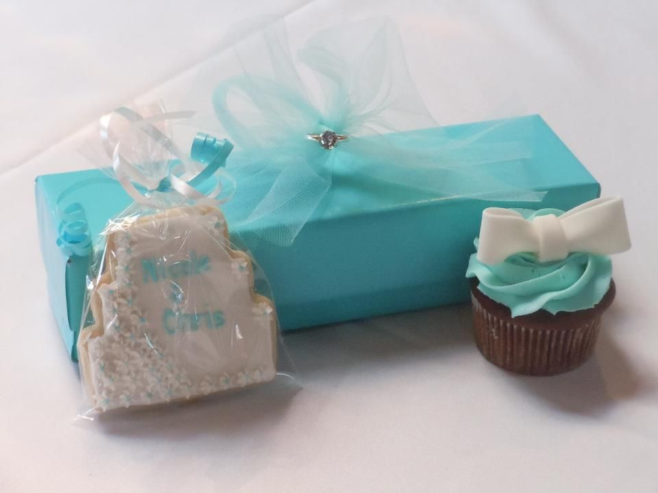 Cookie favor, bling napkin ring & tiffany box cupcake