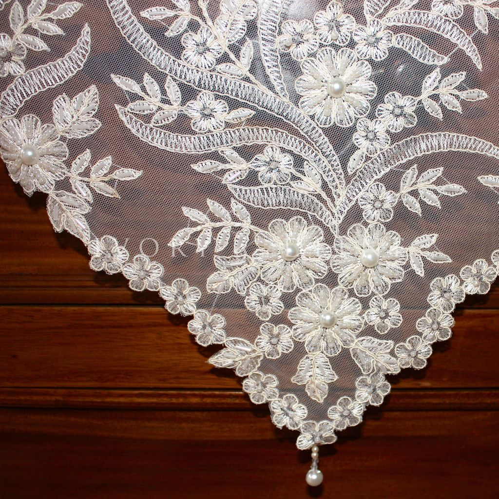 High Quality Handmade Square Pearls And Lace Tablecloth Sequins + Beads Vintage Ivory  Wedding