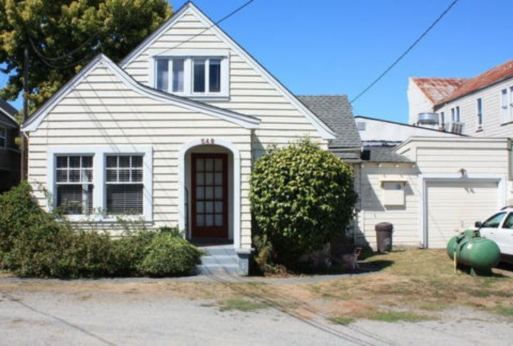 Ferndale Home For Sale Little Houses Zillow Real Estate