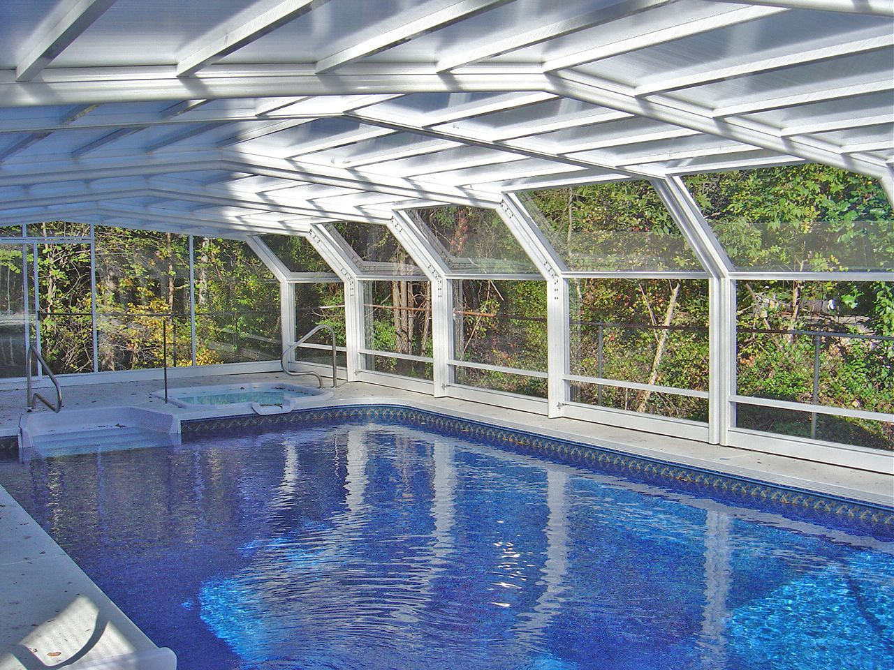 Canada Pool Enclosure Manufactured By Roll A Cover Pool Enclosures Swimming Pools Pool