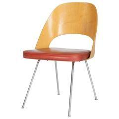All Original Eero Saarinen Knoll Executive Side Chair Moulded Plywood |  1stdibs.com