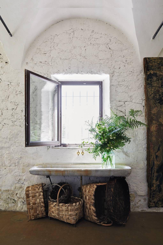 rubies honey kitchen sink in 2019 paris home home rustic rh in pinterest com