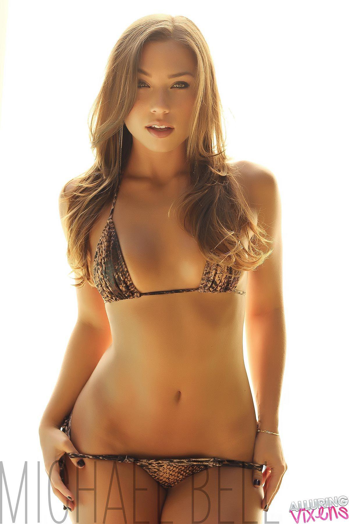 bikini Natalie mejia