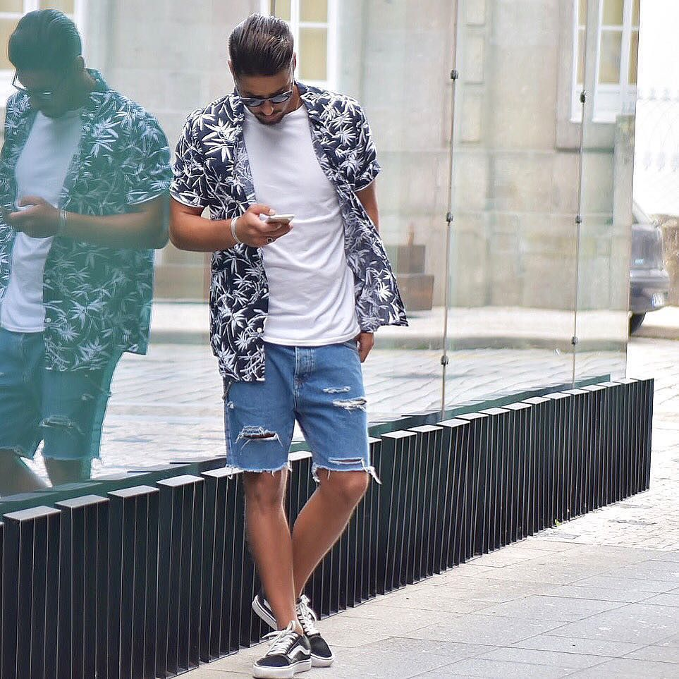 Flannel shirts yes or no  Yes or No Via streetfitsgallery Follow mensfashionguide for more