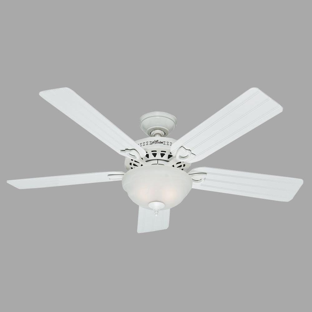 Hunter Beachcomber 52 In Indoor White Ceiling Fan With Light Kit 53122 The Home Depot In 2020 Ceiling Fan Fan Light Ceiling Fan With Light