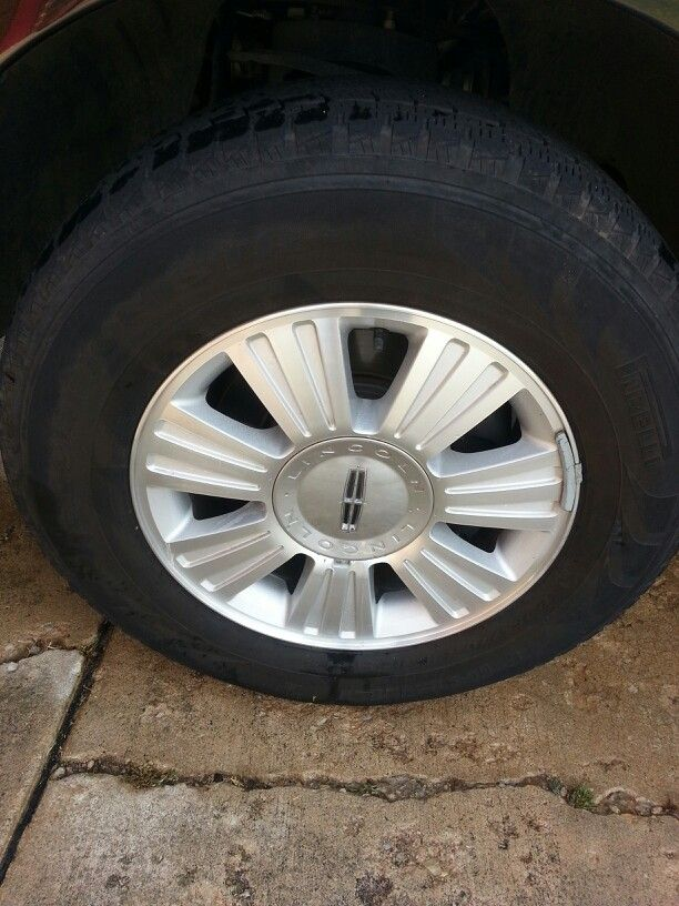 Homemade wheel cleaner. Make a paste with baking soda and water. Apply with scrub brush, let sit for a few minutes, rinse. Clean!!