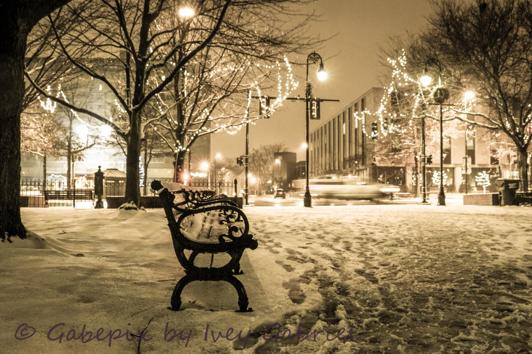 Beautiful snowy scene in Manchester, New Hampshire.  Thanks C Ivey Gabriel.  #NHSnowDay