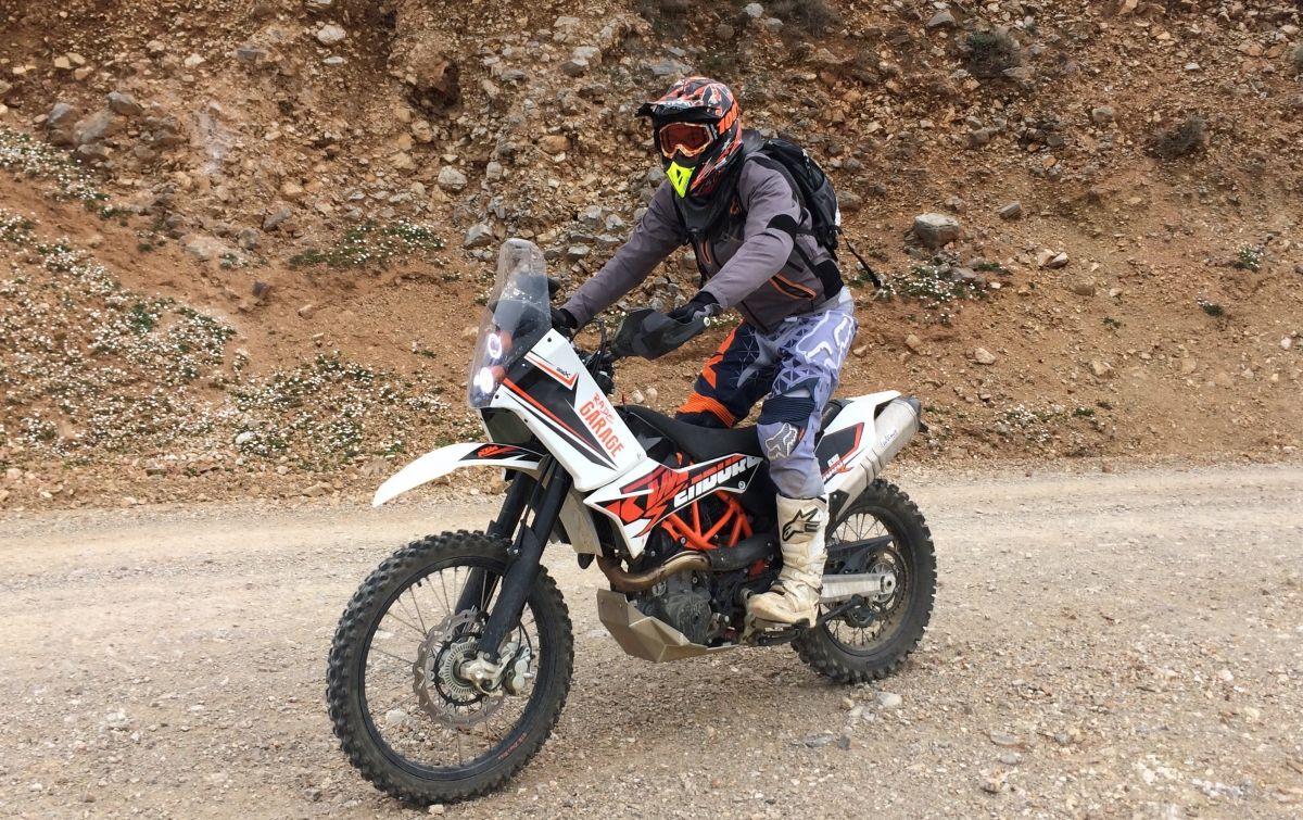 KTM 690 Fairing kit - Rade Garage   Moto Dreams   Ktm 690