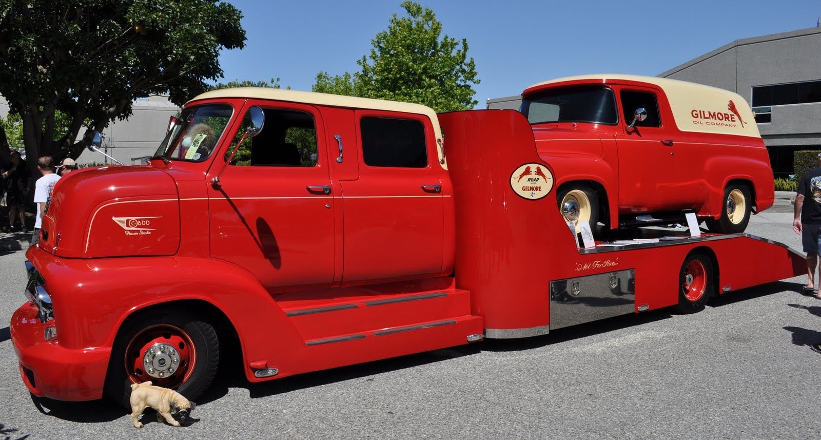 The \'53 COE crew cab in Gilmore colors has a matching panel truck ...