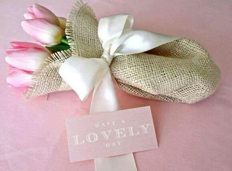 Un ramillete para la Dama de las flores.. ♡.