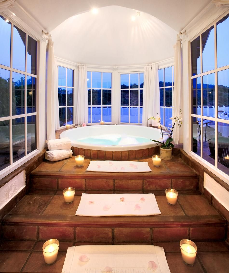 Jacuzzi Bathtub with Candled Steps and Round Windows | Dream Home ...