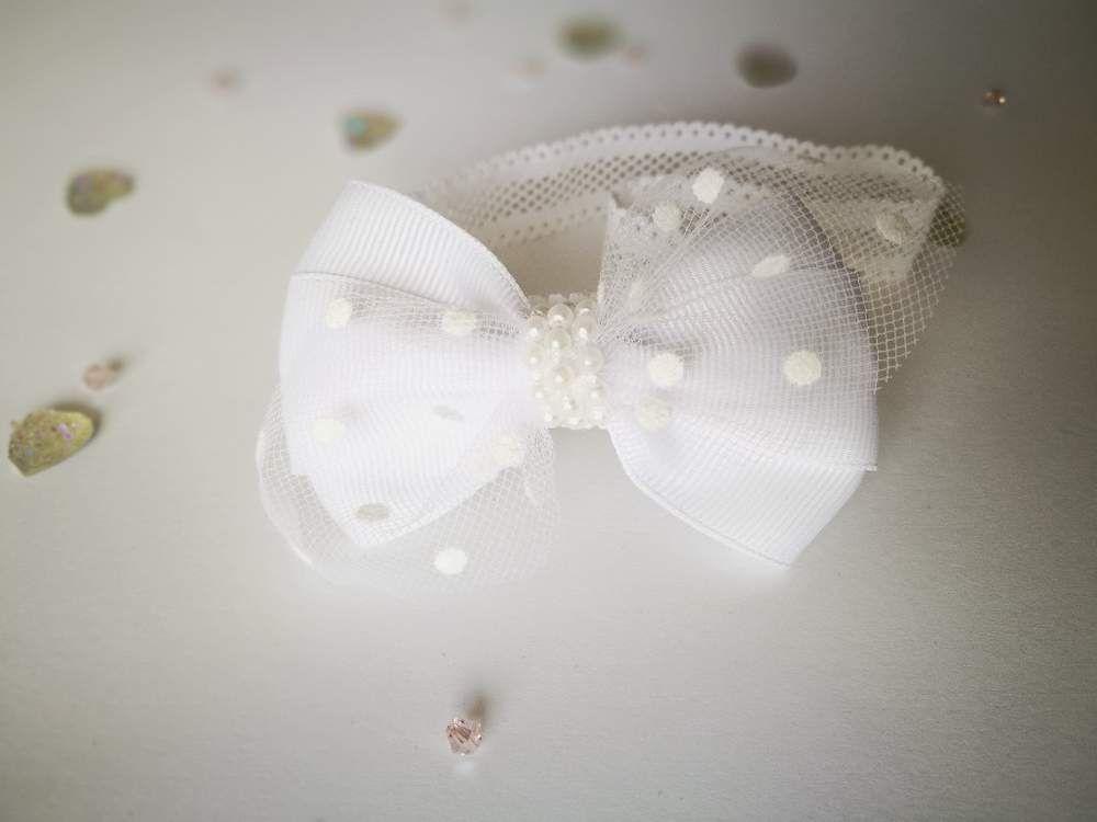 19d97f33d7 Subtelna opaska kokardka biała z tiulem w kropki - MadebyKaza - Opaski dla  niemowląt