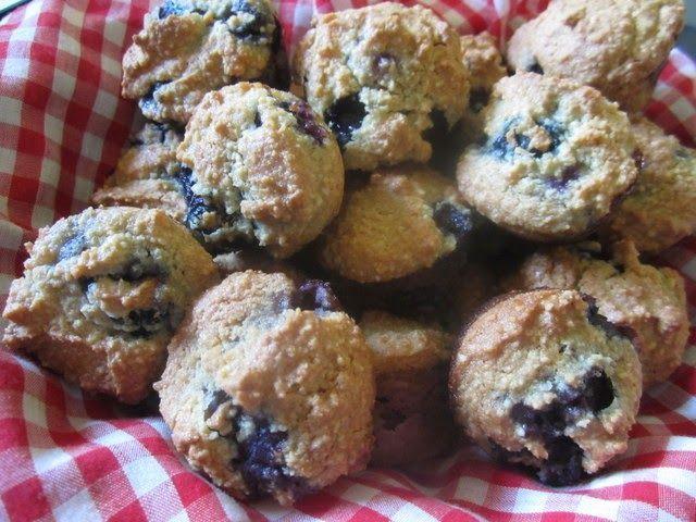 Mennonitische Mädchen können kochen: Mandel-Heidelbeer-Muffins (glutenfrei milchfrei mit eifreier Option)