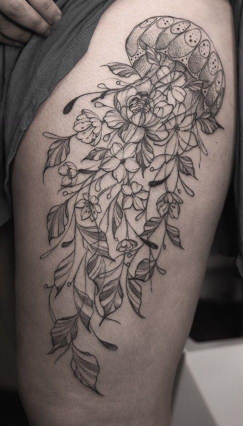 Photo of Jellyfish tattoo – henna thighs – #henna #jellyfish #thighs #tatto …