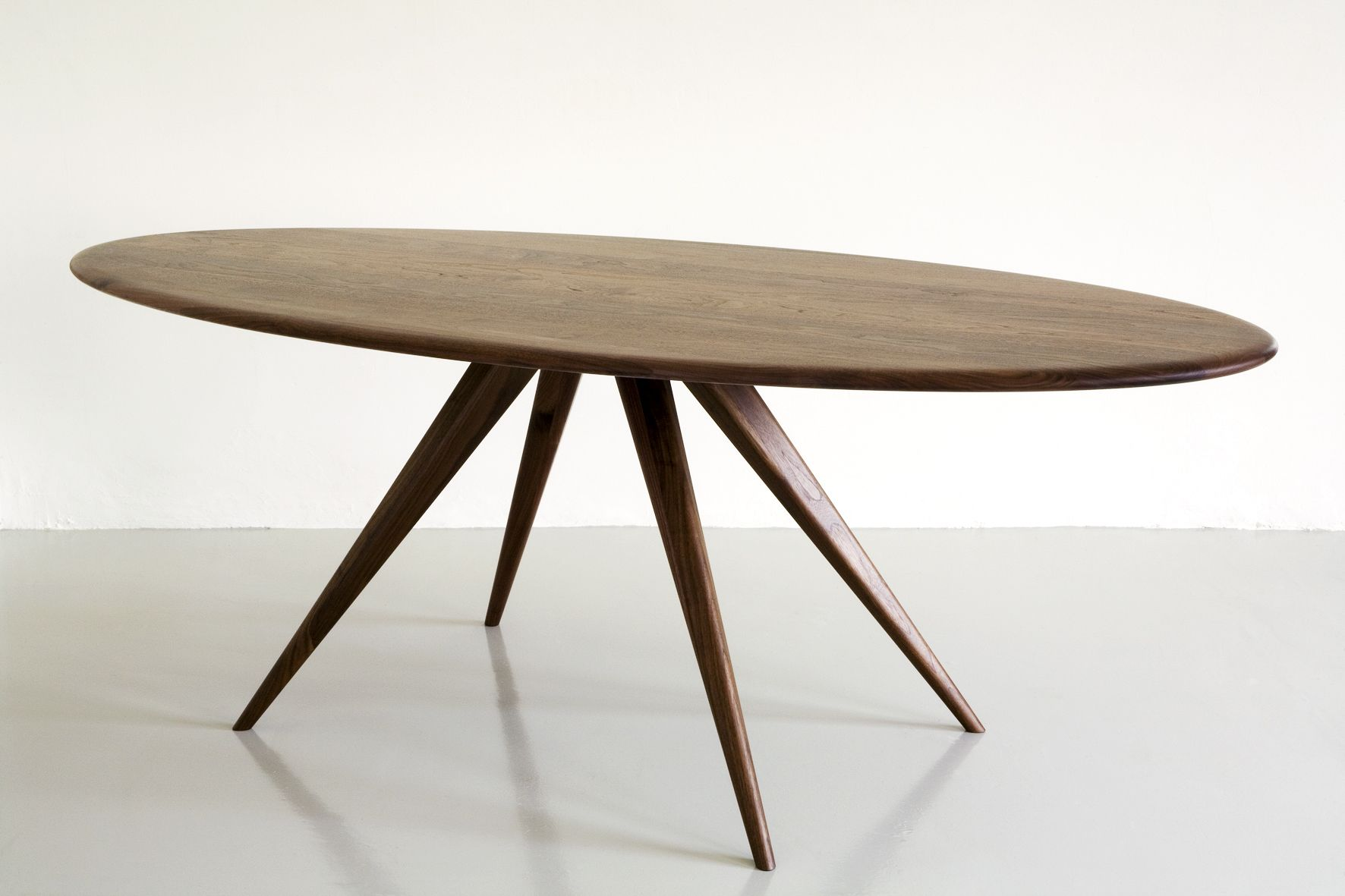 Darcey Dining Table By Steuart Padwick A Stunning Oval Oak Dining
