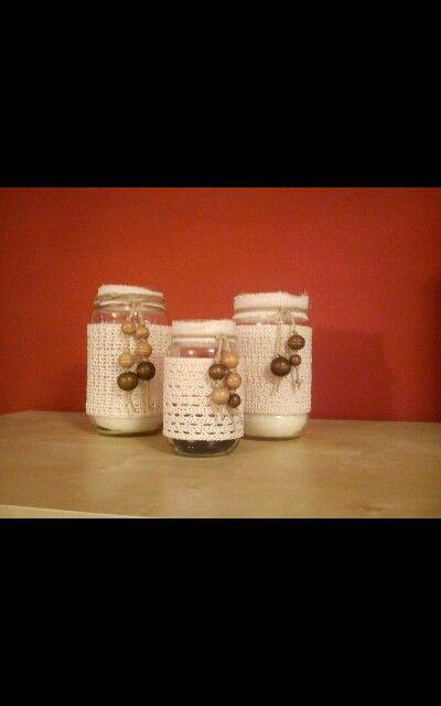 Vasetti trasformati in porta candele