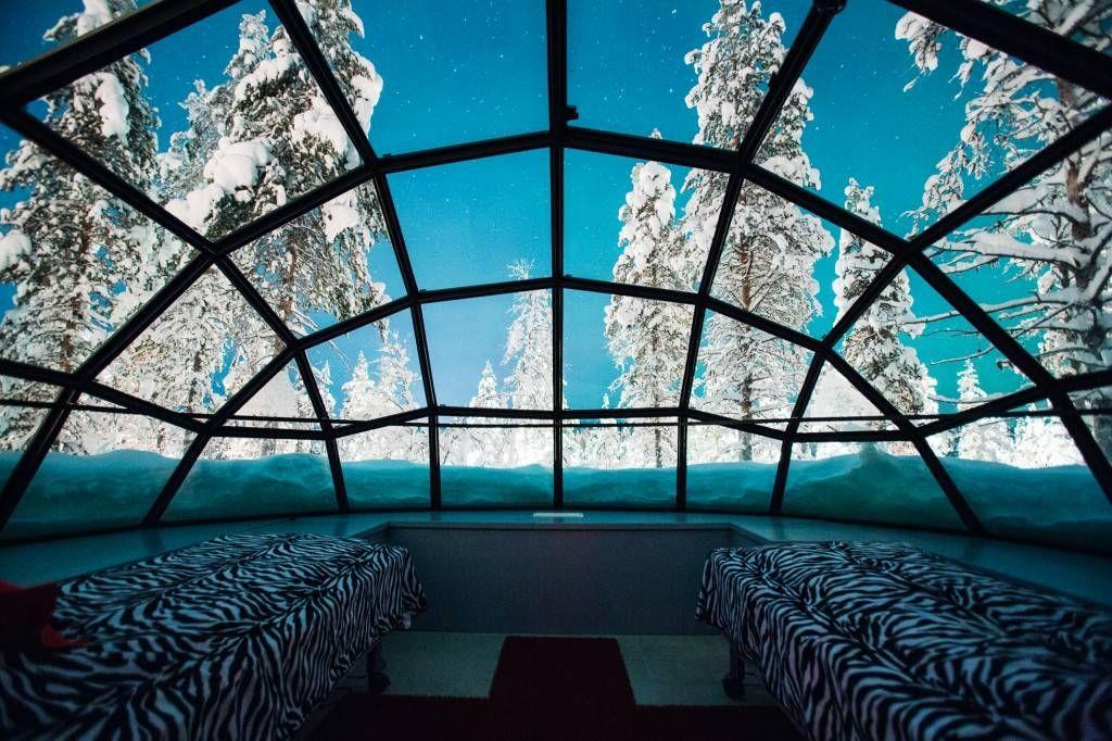 Kakslauttanen_glass_igloo_inside