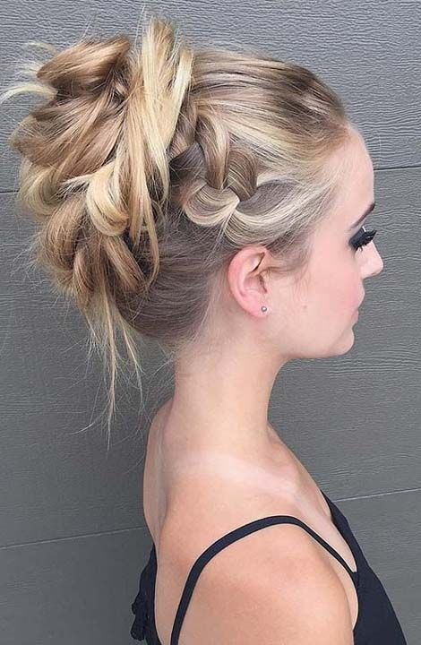 60s Bob Hairstyle | Updos for medium length hair, Prom ...