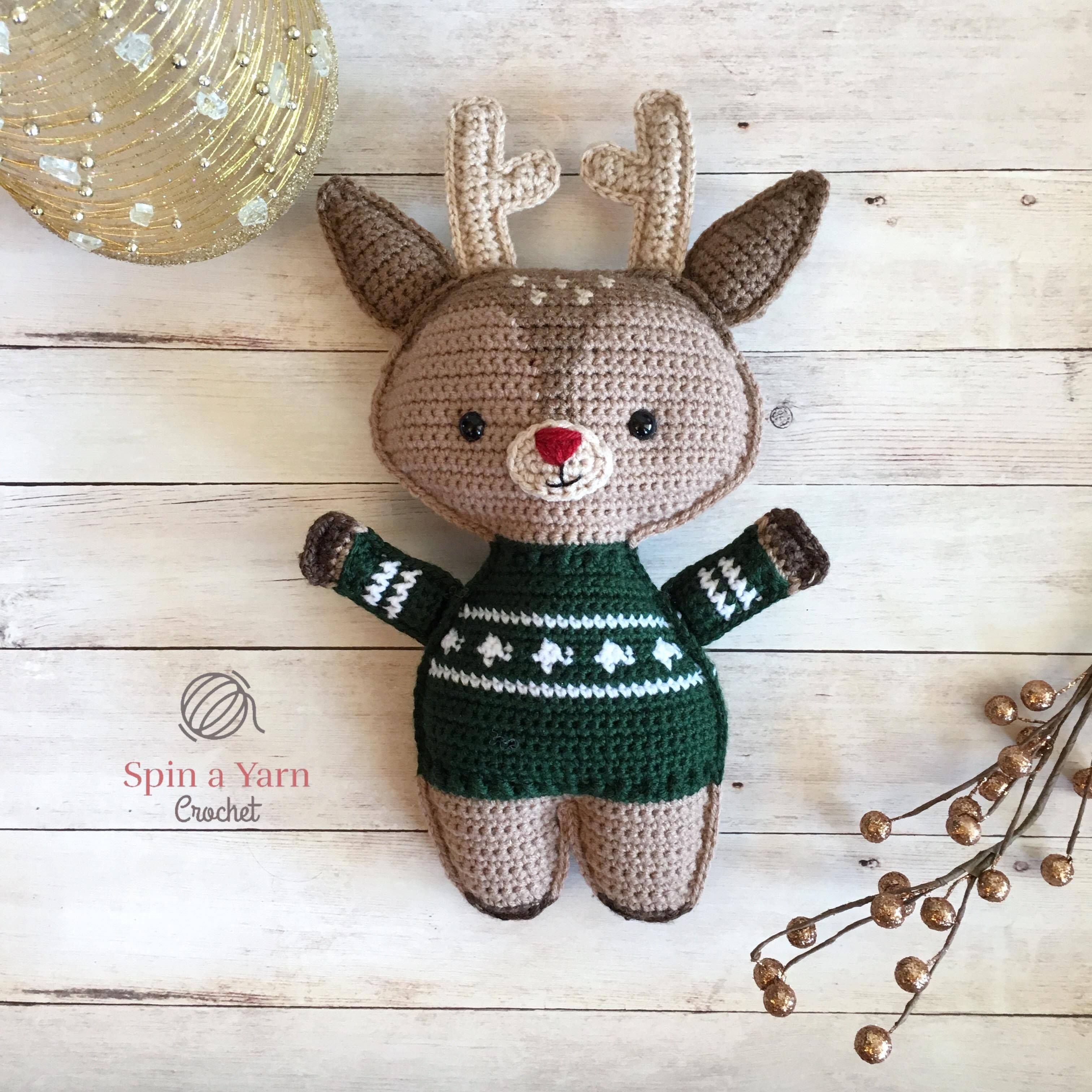 Holiday Deer Free Crochet Pattern (Part 2   Free crochet, Crochet ...