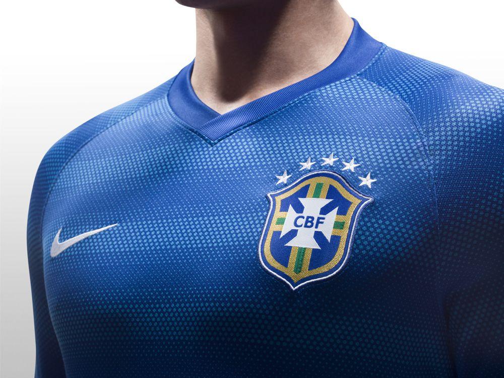 486239d5100ae A camisa que vestirá os nossos guerreiros no campo de batalha já chegou no  site da Centauro! Compre agora mesmo o 2º padrão da Seleção Brasileira!