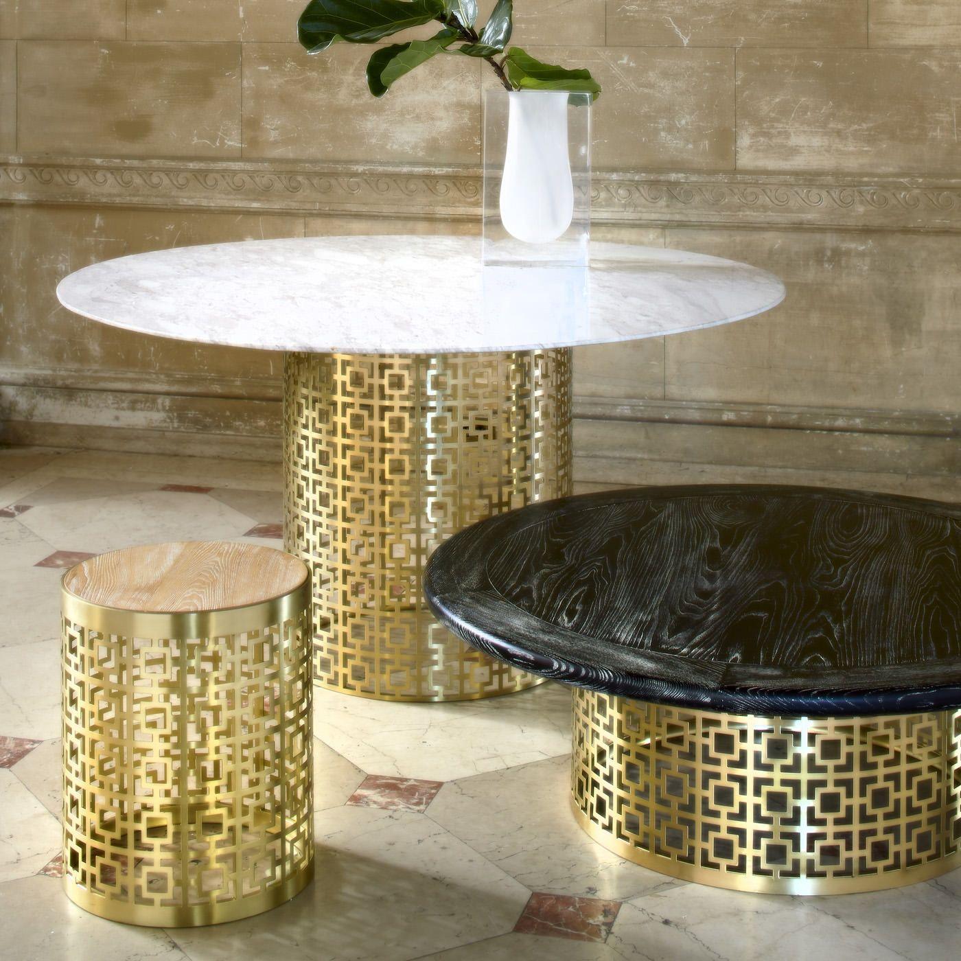 Jonarhan Adleru0027s Nixon End Table Uses Laser Cutting To Create The Ideal  Image Of Luxury!