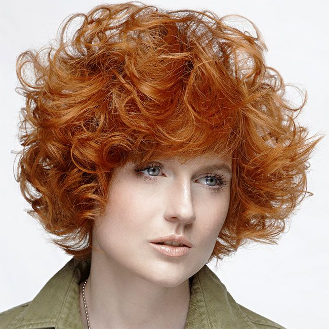 Coiffure cheveux mi-longs -FUN LOOK - tendances automne-hiver 2014-2015 | Hairstyles over 50