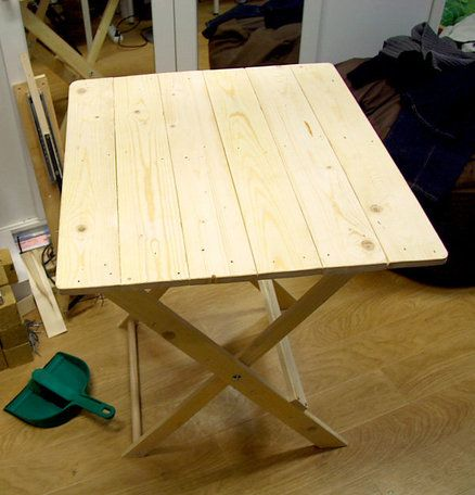 Folding Table Made From Pallet Wood Fold Up Picnic Table Outdoor Wood Pallet Diy