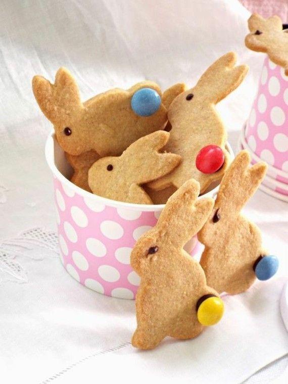 Osterhasen backen: Rezepte für Mürbeteig-, Hefeteig- und Rührteig-Hasen und über 70 Bilder