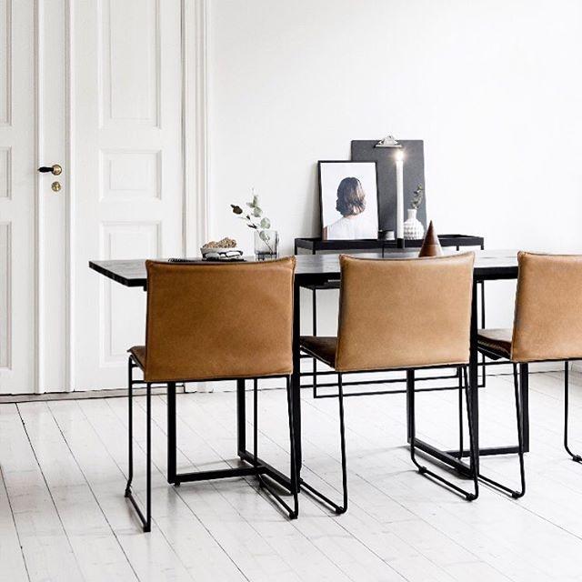 Kyst stoler i skinn vintage cognac og T-bordet i 180 cm #yggoglyng ...