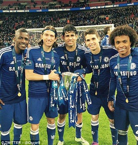 bd7103241 Chelsea 2-0 Tottenham  Blues win Capital One Cup at Wembley