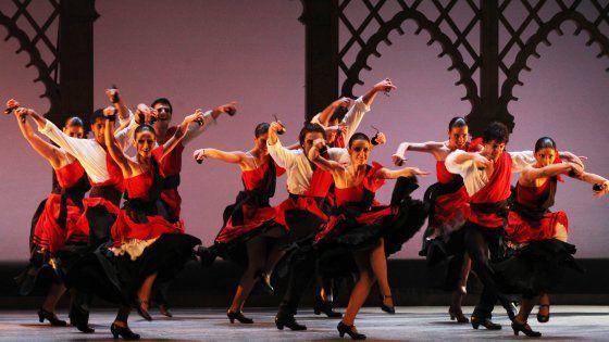 """Torino ospita dal 5 al 9 aprile il """"Concurso Internacional del Baile Flamenco Puro"""", un'occasione per sperimentare i benefici che questo ballo"""