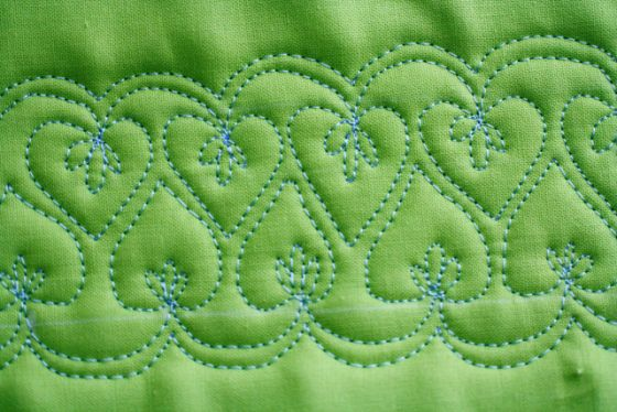 Free Motion Quilt Tutorial, Double Heart Leaf Vine at The Inbox Jaunt