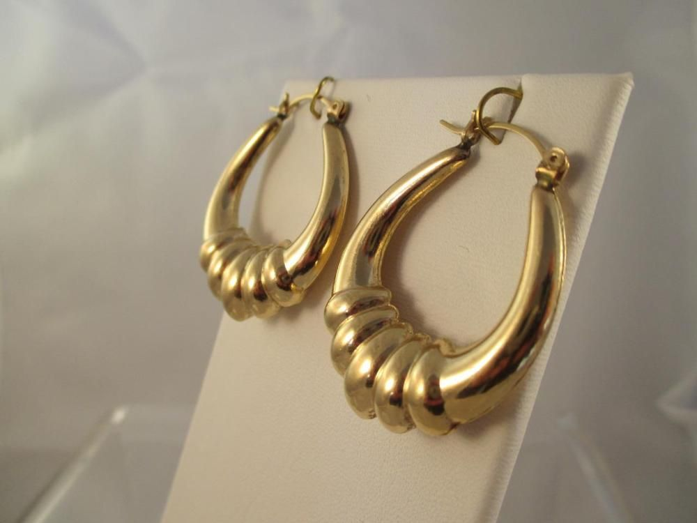 Retro Vintage 14k Yellow Gold Puffy Shrimp Hoop Earrings 80 S