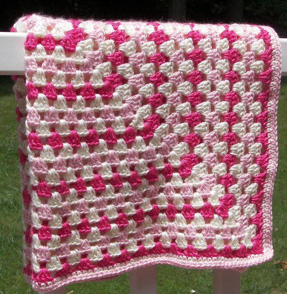 rosa und creme decke granny quadrat h keln babydecke h ckeln decke pinterest h keln. Black Bedroom Furniture Sets. Home Design Ideas