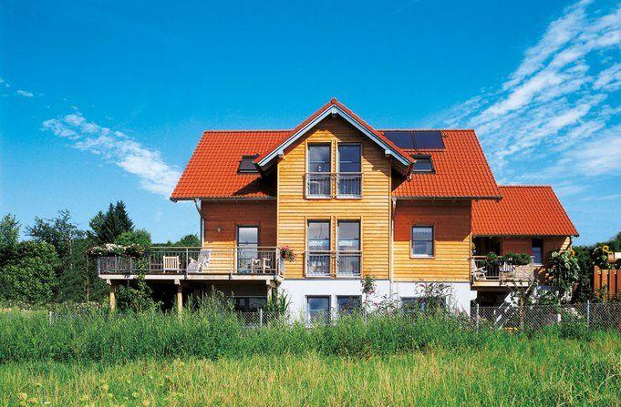 Ideen Design Von Haus Kaufen Baunatal Grosses Haus Mit Zweistockigen Gebauden House Styles House Design Mansions