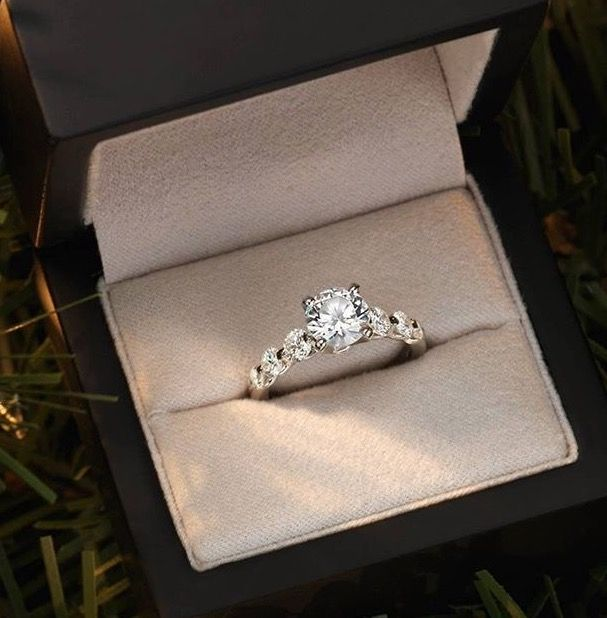 Classic and timeless engagement ring
